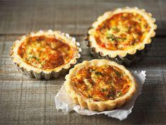 Poropiirakka | Valio Muffin, Baking, Breakfast, Desserts, Food, Tarts, Morning Coffee, Tailgate Desserts, Mince Pies