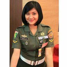 Indonesian Army Police Beautiful - Nona Jaman Now Beautiful Girl Image, Beautiful Hijab, Beautiful Women, Military Women, Military Fashion, Bali Girls, Beauty Uniforms, Army Police, Goth Women