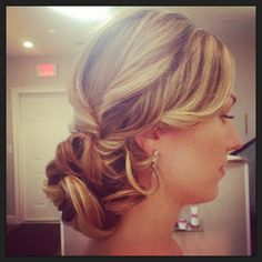 Bridal hair , wedding hair , side bun, jennie kay , updo