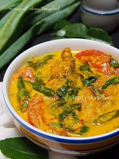 resep mangut tongkol Recipes With Chicken And Peppers, Chicken Pasta Recipes, Fish Recipes, Seafood Recipes, Asian Recipes, Cooking Recipes, Nyonya Food, Crab Dishes, Malay Food
