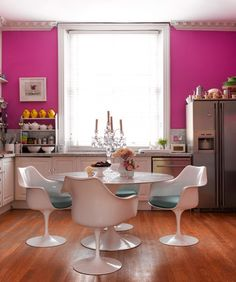 Love that fuchsia! Cute kitchen and dining!