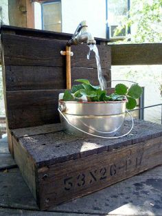 Water fountain made from pallets #LiquidGoldSalvagedWood