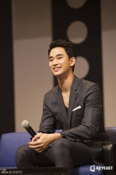 """2015.08.08 Kim Soo Hyun held his """"2015 Fan Meeting in Japan"""" for the drama """"Producers"""""""