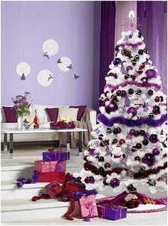 arbol en tonos blanco y violeta