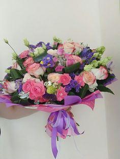 Valentines Flowers, Hana, Wedding Trends, Decoration, Pretty Flowers, Floral Arrangements, Bouquets, Floral Wreath, Birthdays