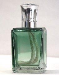 Dusky Green Geurlamp van Ashleigh & Burwood | http://www.soho-lifestyle.nl/product/dusky-green-obsidian-design-geurlamp-ashleigh-burwood/
