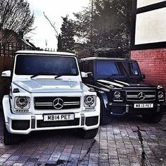 Day and night Mercedes G CLASS