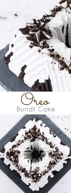 A dark, chocolate Oreo Bundt cake with a marshmallow glaze and topped with chopped Oreos! | livforcake.com via @livforcake