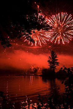 ༺♥༻  BEAUTIFUL . PLACES ༺♥༻ *Pittsfield Hot Air Balloon Rally Fireworks, Massachusetts**