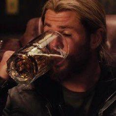 Thor Meme, Avengers Memes, Marvel Memes, Marvel 3, Mood Pics, Memes Br, Quality Memes, Meme Faces, Reaction Pictures