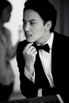 Kim Nam-gil (김남길) - Picture @ HanCinema :: The Korean Movie and Drama Database Korean Actresses, Korean Actors, Korea University, Pop Singers, Good Looking Men, Asian Men, Pretty Pictures, Gentleman, Beautiful People