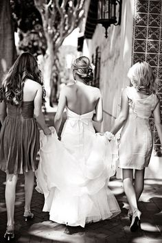 Would love to do this picture with my sisters and then with my sisters-to-be!