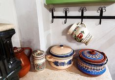 romanian-traditional-house-design-vasel - Home Decorating Trends - Homedit Traditional House, Country Living, My Dream Home, Vignettes, Bunt, Pottery, House Design, House Styles, Beautiful