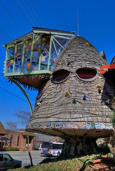 The Mushroom House | Cincinnati, Ohio