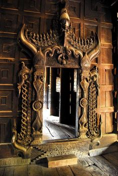 This is a portal at the Bagaya Kyaung Monastery in Myanmar (Burma). I love the beautiful carvings. Cool Doors, Unique Doors, The Doors, Windows And Doors, Knobs And Knockers, Door Knobs, Door Handles, When One Door Closes, Door Gate