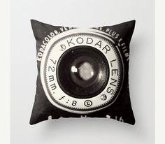 Vintage Camera Pillo