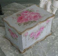 Romantic Roses Keepsake Box Flower theme throughout. Shabby Chic Blog, Shabby Chic Cottage, Vintage Shabby Chic, Shabby Chic Style, Shabby Chic Decor, Rose Cottage, Shabby Chic Furniture, Painted Furniture, Jewelry Box Makeover