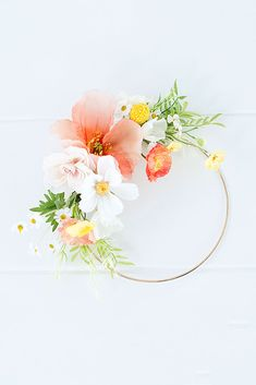 Design your very own silk flower hoop wreath with flowers in citrus hues from Afloral.com. . . Designer: @modsugardesign Flower Bar, Flower Pots, Flower Ideas, Silk Flowers, Faux Flowers, Potted Flowers, Wreath Crafts, Diy Wreath, Lily Wedding