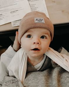 Okay, Jessica Waddell you are making us all really baby hungry right now! 😍 Okay, Jessica Waddell you are making us all really baby hungry right now! Lil Baby, Baby Kind, Little Babies, Little Ones, Cute Babies, Cute Baby Boy, Foto Baby, Cute Baby Pictures, Newborn Pictures