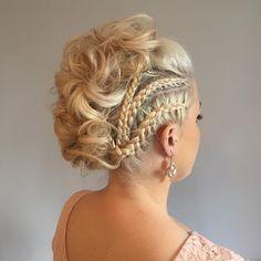 Love this edgy #fauxhawk by @hairbynatalieukx - BRIDESMAID HAIR