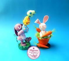 Hola amigo@!!   Para quienes celebran la Pascua, cree estos dos conejitos. Ideas inspiradas desde la web, pero obviamente haciendo mi pr...