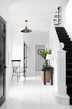 Feng Shui - Apartment Entrance and Mapping Your Life - Feng Shui Home Designs Architectural Digest, Foyers, Feng Shui Apartment, Fine Paints Of Europe, Feng Shui House, Feng Shui Stairs, Apartment Entrance, Entry Way Design, Entrance Design