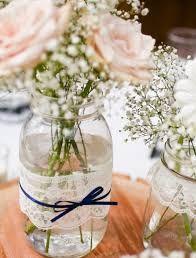 Resultado de imagem para centro de mesa para casamento simples e barato