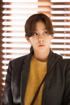 ASKKPOP,DRAMASTYLE Marriage Contract - EP 02 (결혼계약)is a March 5, 2016 -- TV series directed by Kim Jin-Min South Korea.PlotA woman's husband dies by accident. Afterwards, the woman raises her little daughter alone, but she learns that she has brain tumour. In order to find a guardian for her daughter, she enters into a contract with a man as his time-limited wife...