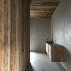 C Penthouse by Vincent Van Duysen Bad Inspiration, Bathroom Inspiration, Vincent Van Duysen, Natural Bathroom, Minimalist Bathroom, Bath Design, Bathroom Interior, Interiores Design, Home Renovation