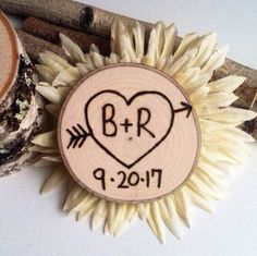 Rustic wood slice magnet save the date wedding favors. Save some time by letting us do the work for you! We are in the process of adding more variations, so If you don't see what your looking for then please convo us we'd be happy to work with you!