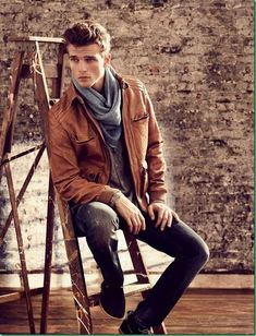 Men's Style Fashion for men   Brown leather jacket #thestylehunter