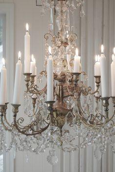 Candles & chandelier ~ lovingly repinned by www.skipperwoodhome.co.uk