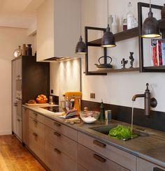 Une cuisine couloir tr s design photos cuisine et design for Cuisine xavie z