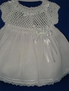 White Thread Crochet Baby Dress size 03 month by csabin on Etsy - Kinder Kleidung Col Crochet, Crochet Fabric, Crochet Lace Dress, Crochet Girls, Crochet Baby Clothes, Thread Crochet, Learn To Crochet, Crochet For Kids, Diy Crafts Knitting