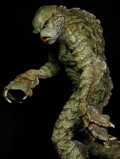 Excellent Creature from the Black Lagoon statue.