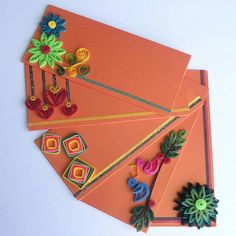 Creative and exclusive envelopes set of five made from envelopes made from Quilling strips. Paper Quilling Cards, Paper Quilling Tutorial, Paper Quilling Patterns, Quilled Paper Art, Quilling Jewelry, Quilling Craft, Quilling Flowers, Diy Envelope, Envelope Design