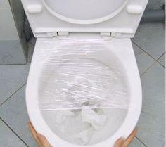 Une astuce insolite pour déboucher les toilettes - Astuces de grand mère
