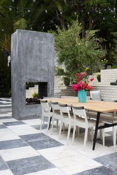 Patio ideas: 50 stylish patio schemes & design tricks for a welcoming outdoor space | Livingetc Modern Outdoor Dining Sets, Outdoor Living, Outdoor Furniture Sets, Outdoor Decor, Poured Concrete Patio, Art Nouveau, Bali, Magazine Deco, Stations De Ski