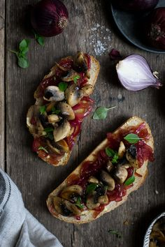 Super easy recipe for red onion jam, delicious sandwich spread or ideal companion for mushrooms on toast or cheese and biscuits!