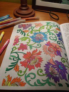 """Livro """"Arte-Terapia Anti-Stress"""""""