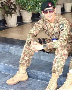 Pak Army Soldiers, Pakistan Armed Forces, Nawaz Sharif, Pakistan Army, Bridal Dress Design, Bridal Dresses, Designer Dresses, Corner, Instagram