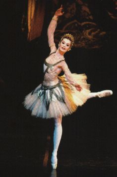 """Aurelie Dupont in """"Raymonda"""" (Paris Opera Ballet)"""