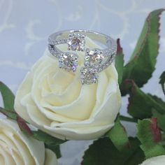 มาใหม่ค่ะ สวยมากๆ  Diamond ring  Diamond: 2.15 ct. (4) with GIA certificated, 0.31 ct. (28)  Gold; 18k white gold www.iyawan.com สอบถามรายละเอียด 1.comment ใต้ภาพ 2. email : iyawanjewelrydesign@gmail.com 3. call: 02-2542922 4. mobile : 0818792528 5. line: iyawan jewelry 6. Follow : iyawan jewelry , อัยวัลย์ (instargram)  7. visit me : อัมรินทร์ พลาซ่าร่าชประสงค์ #design #diamond #earring #beautiful #bangkok #amarin #iyawanFC #love #line #fashion #facebook #moon