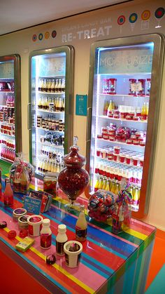 dylan's candy bar!  love that they now sell facial products!  ughhhh I wish I was half as sweet as Dylan Lauren!