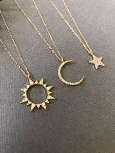 Celestial Sun & Moon Necklace Sun necklace Moon necklace Moon and Sun Dainty Min. - Celestial Sun & Moon Necklace Sun necklace Moon necklace Moon and Sun Dainty Minimalist Jewelry Moon and sun gift for her Source by - Dainty Jewelry, Cute Jewelry, Gold Jewelry, Jewelry Box, Jewelery, Jewelry Accessories, Gold Bracelets, Jewelry Necklaces, Star Jewelry