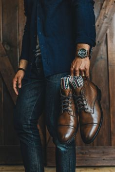 112 best men's fashion tips to elevate your style – page 1 Mens Boots Fashion, Best Mens Fashion, Mens Fashion Suits, Men's Fashion Tips, Trajes Business Casual, Business Casual Outfits, Smart Casual Menswear, Men Casual, Polo Hilfiger