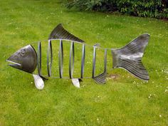 garden art images | ... home and garden commissions undertaken - Garden Sculptures Large Fish