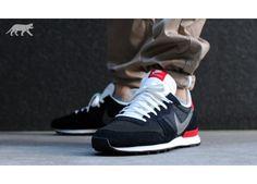 Nike Internationalist (Black / Medium Base Grey - University Red - Summit)