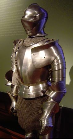 A resource for historic arms and armor collectors with photo galleries, reviews, reference materials, discussion forums, a bookstore and a comparison tool.