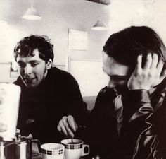 Pete & Nick of the Verve. Nick McCabe may be the greatest guitarist ever. Definitely the best with delays and peddles. The Verve are the greatest. The Verve, Northern Soul, Rock N Roll, Album, Music, Drugs, Musica, Musik, Rock Roll